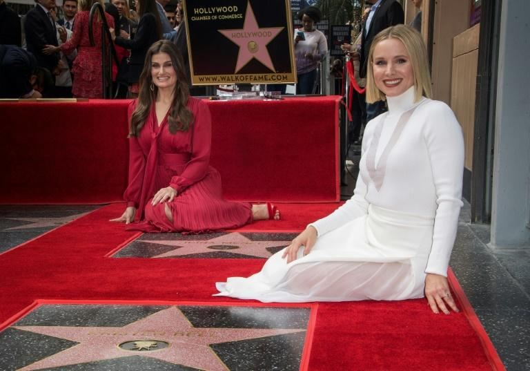 """Kristen Bell unveiled her new star alongside fellow honoree Idina Menzel, as the pair reprise their roles as Enna and Elsa in """"Frozen 2"""""""