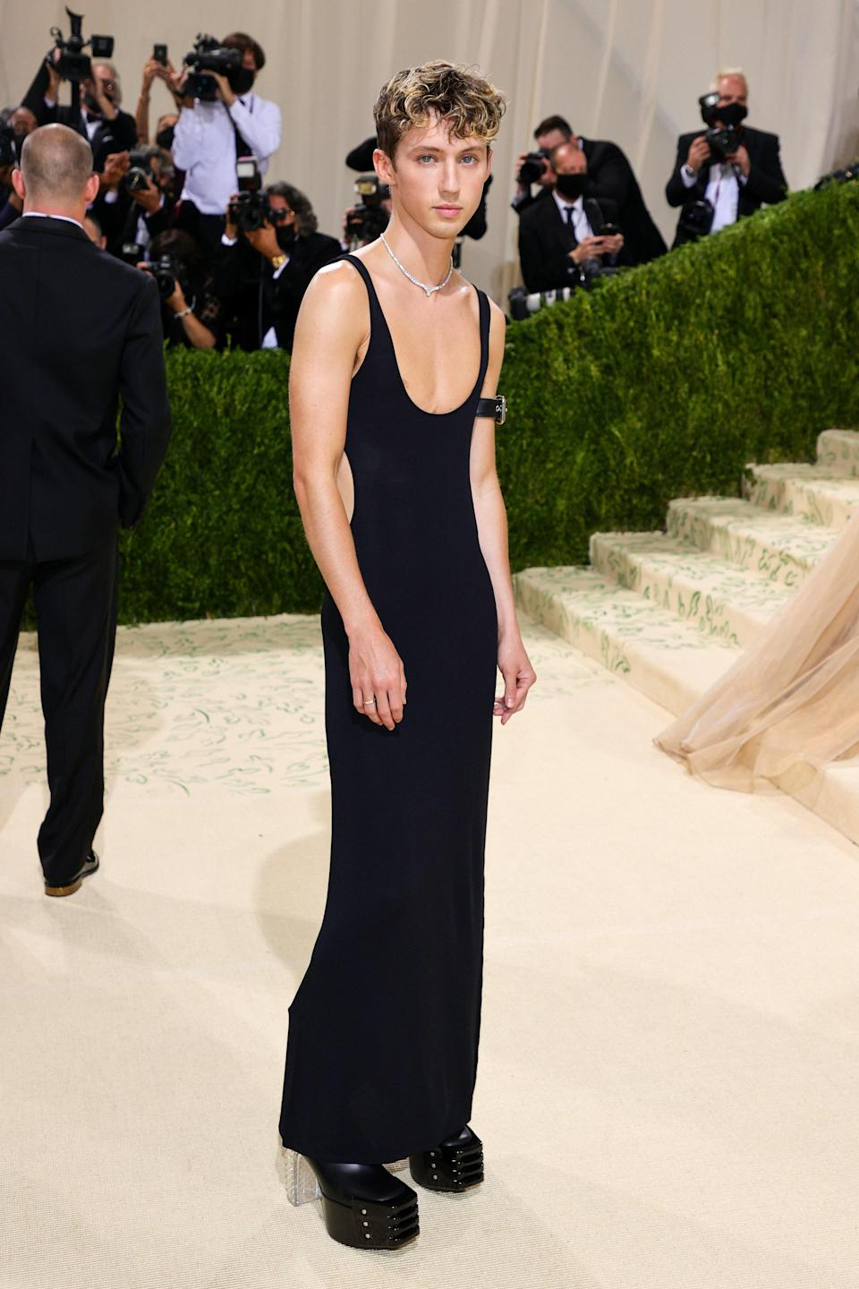 """<h1 class=""""title"""">Troye Sivan, The 2021 Met Gala Celebrating In America: A Lexicon Of Fashion - Arrivals</h1><cite class=""""credit"""">Getty</cite>"""