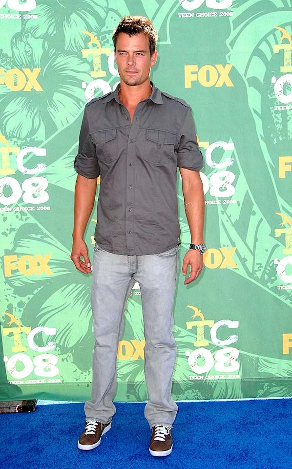 "Fergie's main man Josh Duhamel looked sharp in a simple ensemble consisting of a button-up, jeans, and sneakers. Steve Granitz/<a href=""http://www.wireimage.com"" target=""new"">WireImage.com</a> - August 3, 2008"