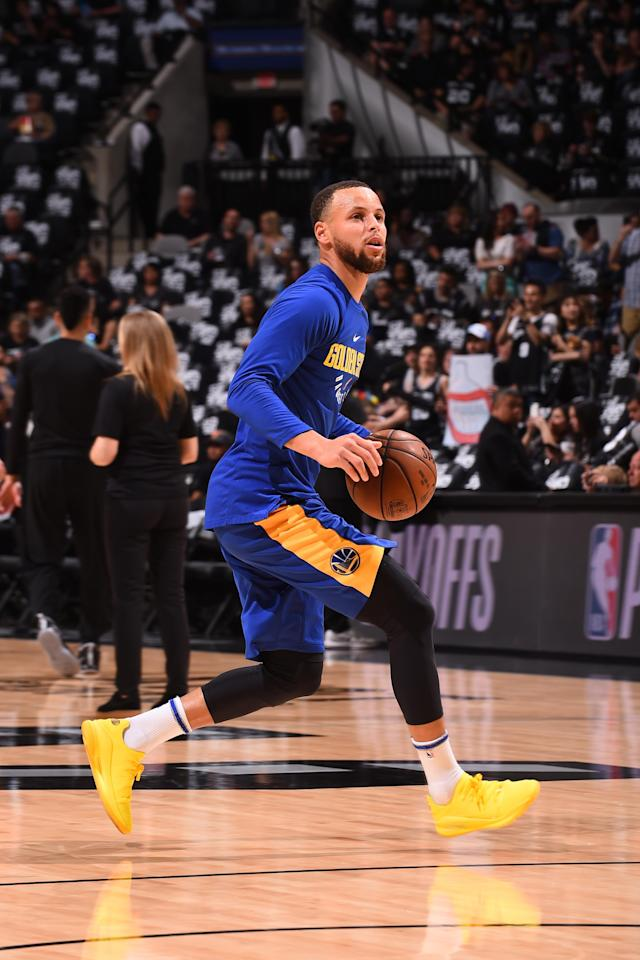 SAN ANTONIO, TX - APRIL 22: Stephen Curry #30 of the Golden State Warriors handles the ball before the game against the San Antonio Spurs in Game Four of Round One of the 2018 NBA Playoffs on April 22, 2018 at the AT&T Center in San Antonio, Texas
