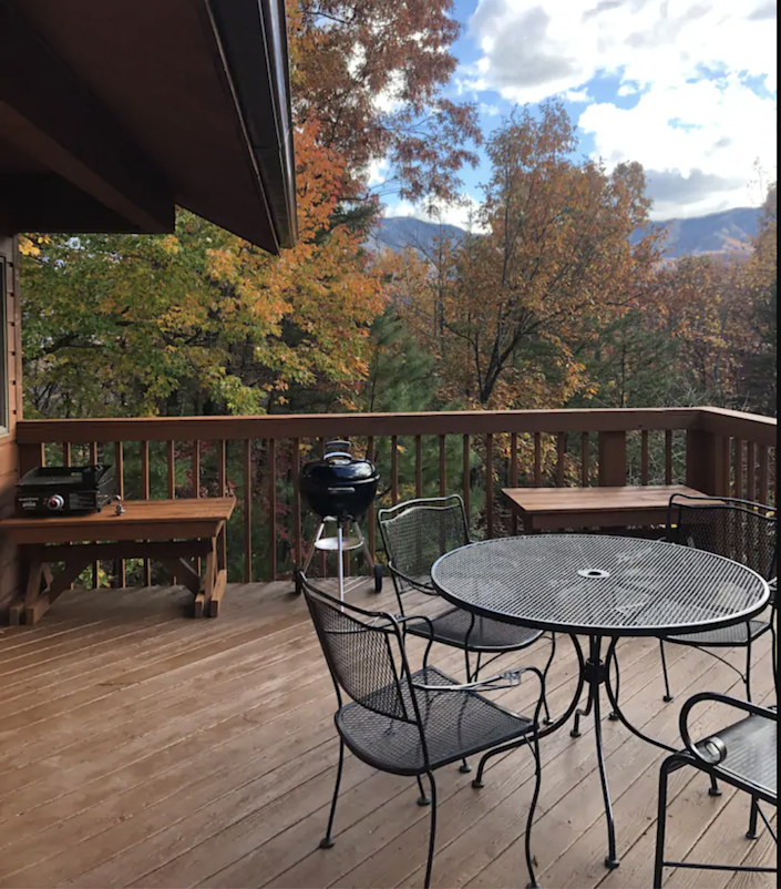 """<h2><a href=""""http://airbnb.pvxt.net/yGJBG"""" rel=""""nofollow noopener"""" target=""""_blank"""" data-ylk=""""slk:Sunset in the Smokies"""" class=""""link rapid-noclick-resp"""">Sunset in the Smokies</a></h2><br>""""Sunset in the Smokies property is in the village of Cobbly Nob, overlooking the Great Smoky Mountains National Park in Gatlinburg, TN. It has double master bedrooms, one queen, and one king with attached full bathrooms. This home is located close enough the downtown Gatlinburg but private enough to feel like you have the mountains to yourself.""""<br><br><strong>Location:</strong> Gatlinburg, Tennessee<br><strong>Sleeps:</strong> 4<br><strong>Price Per Night:</strong> $130"""