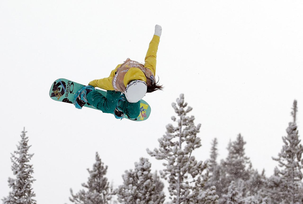 <p></p><p>BRECKENRIDGE, CO – JANUARY 08: Chloe Kim takes her first run in the ladies' snowboard halfpipe qualifications for the US Snowboarding Grand Prix. (Getty Images) </p><p></p>