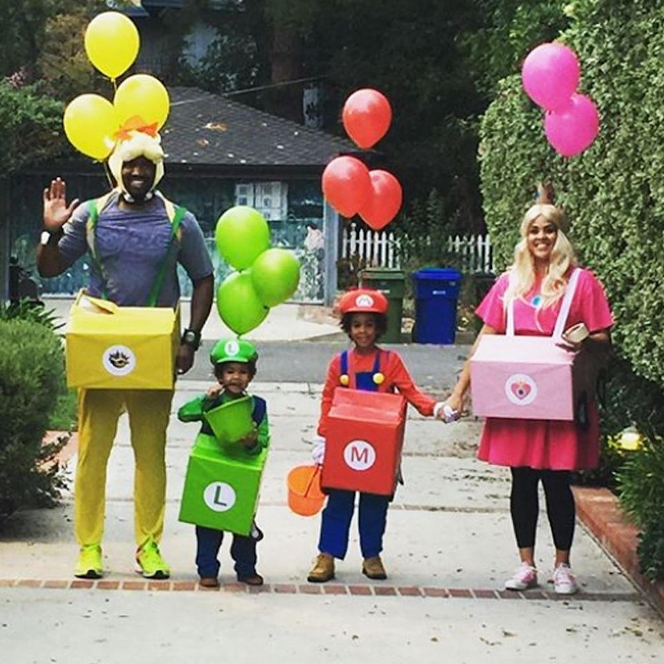"""<p>You'll need to get creative, but once you finish, your family's outfits will be the hit of the Halloween season. Now, try not to lose any balloons! If you're not feeling creative, Spirit Halloween makes an <a href=""""https://go.redirectingat.com?id=74968X1596630&url=https%3A%2F%2Fwww.spirithalloween.com%2Fcatalog%2Fsearch.cmd%3Fform_state%3DsearchForm%26form_state%3DsearchForm%26keyword%3Dmario%2Bkart%26Search%3DFind%2BIt&sref=https%3A%2F%2Fwww.bestproducts.com%2Flifestyle%2Fg22530616%2Ffamily-halloween-costume-ideas%2F"""" rel=""""nofollow noopener"""" target=""""_blank"""" data-ylk=""""slk:inflatable version"""" class=""""link rapid-noclick-resp"""">inflatable version</a>. </p><p><a class=""""link rapid-noclick-resp"""" href=""""https://www.amazon.com/s?k=Mario+Kart+costume&ref=nb_sb_noss_2&tag=syn-yahoo-20&ascsubtag=%5Bartid%7C2089.g.22530616%5Bsrc%7Cyahoo-us"""" rel=""""nofollow noopener"""" target=""""_blank"""" data-ylk=""""slk:SHOP THE LOOKS"""">SHOP THE LOOKS</a></p><p><strong>Instagram:</strong> <a href=""""https://www.instagram.com/p/Ba8ZVhDloA7/?hl=en&taken-by=iamrenece"""" rel=""""nofollow noopener"""" target=""""_blank"""" data-ylk=""""slk:@iamrenece"""" class=""""link rapid-noclick-resp"""">@iamrenece</a><br></p>"""
