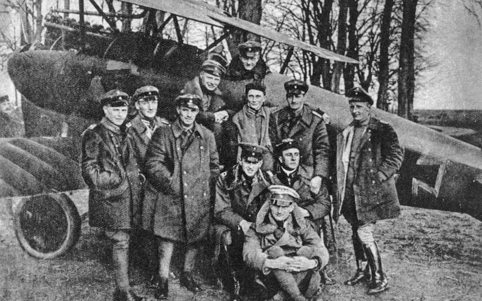 The Red Baron and comrades in 1917 - akg-images/Alamy