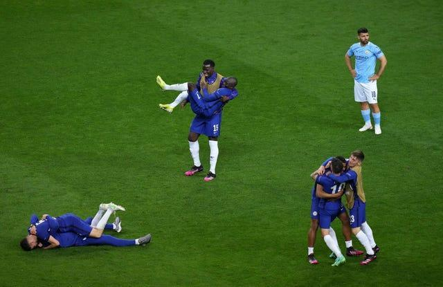 Chelsea players celebrate at full-time