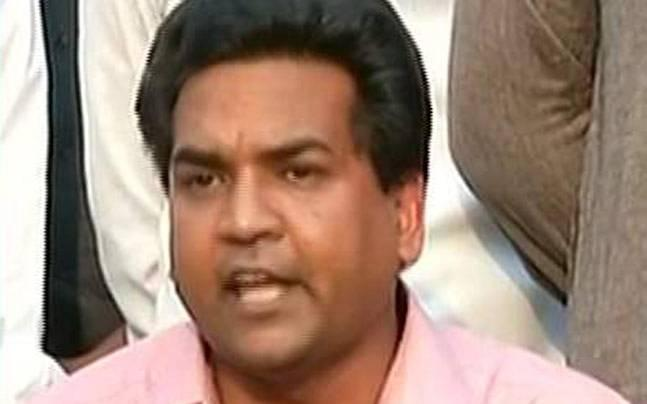 BJP leader alleges multi-crore scam against AAP Minister, marshalled out