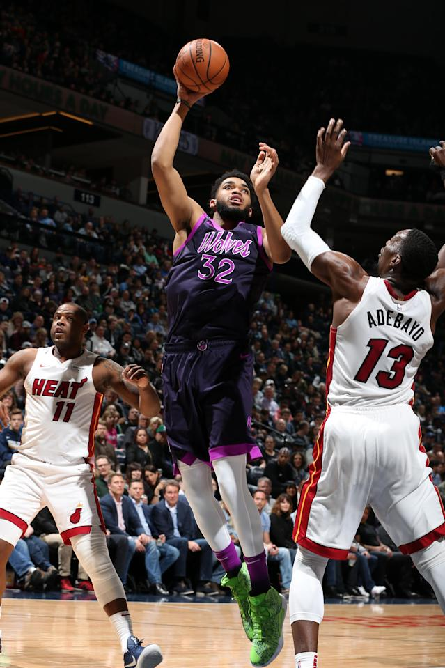 MINNEAPOLIS, MN - APRIL 5: Karl-Anthony Towns #32 of the Minnesota Timberwolves shoots the ball against the Miami Heat on April 5, 2019 at Target Center in Minneapolis, Minnesota. (Photo by David Sherman/NBAE via Getty Images)