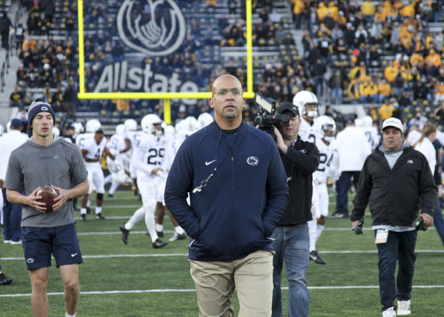 "His condo's gym was packed. So, James Franklin ""borrowed"" a pair of dumbbells so he could still workout amid the coronavirus pandemic. (Matthew Holst/Getty Images)"