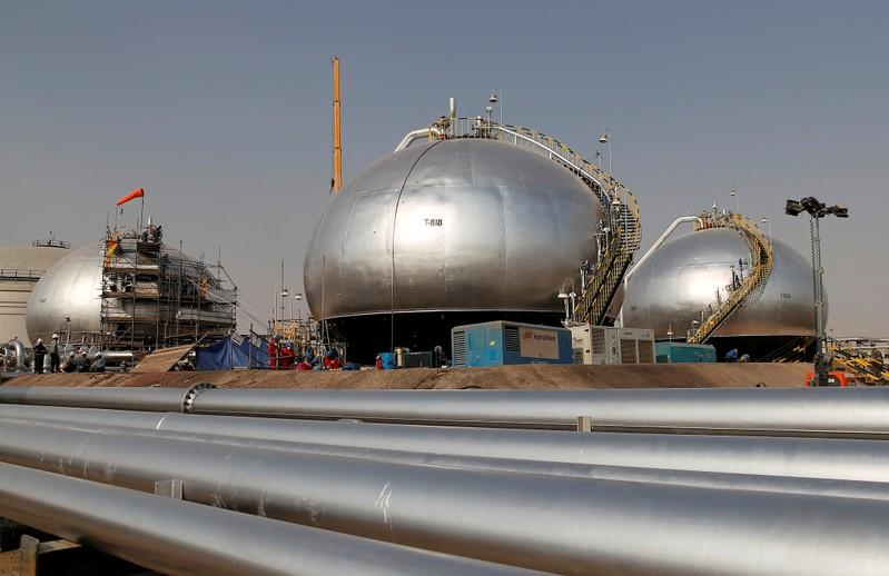 FILE PHOTO: FILE PHOTO: Spheroids under reconstruction are pictured at Saudi Aramco oil facility in Abqaiq