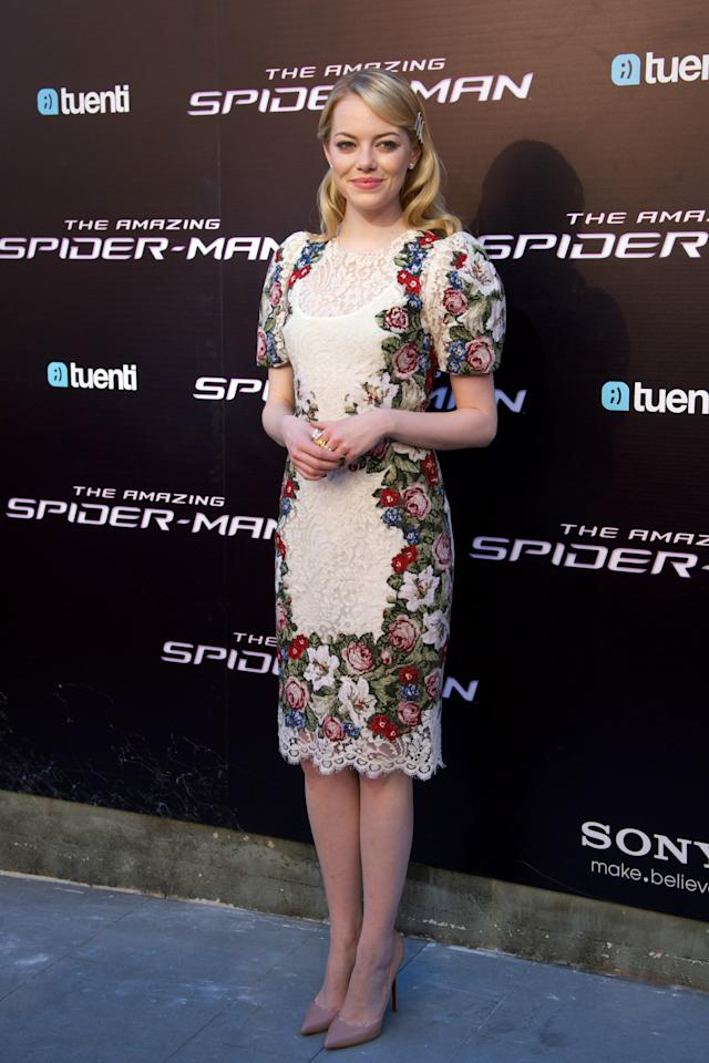 "MADRID, SPAIN - JUNE 21:  Actress Emma Stone attends ""The Amazing Spider-Man"" premiere at Callao cinema on June 21, 2012 in Madrid, Spain.  (Photo by Carlos Alvarez/Getty Images)"