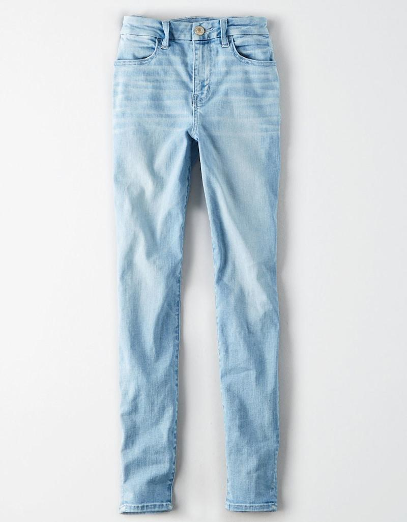 These American Eagle Jeans Solve This Annoying Denim Problem