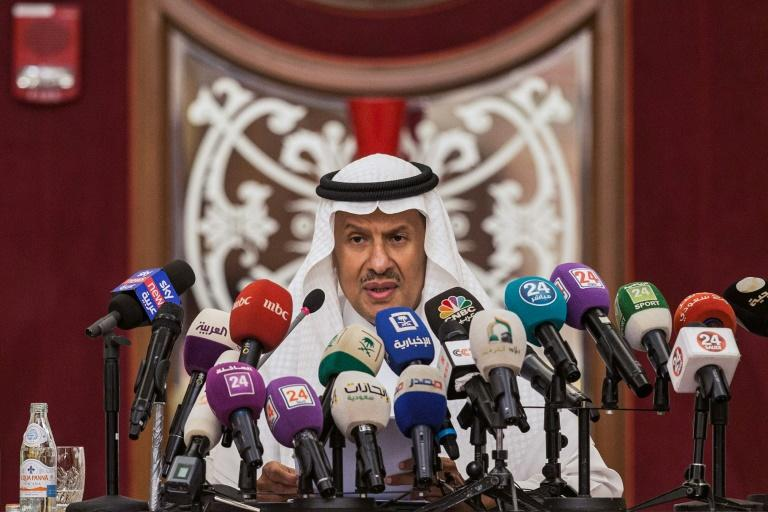 Saudi Arabia's Energy Minister Prince Abdulaziz bin Salman gives a press conference in the Red Sea city of Jeddah on September 17, 2019 (AFP Photo/-)