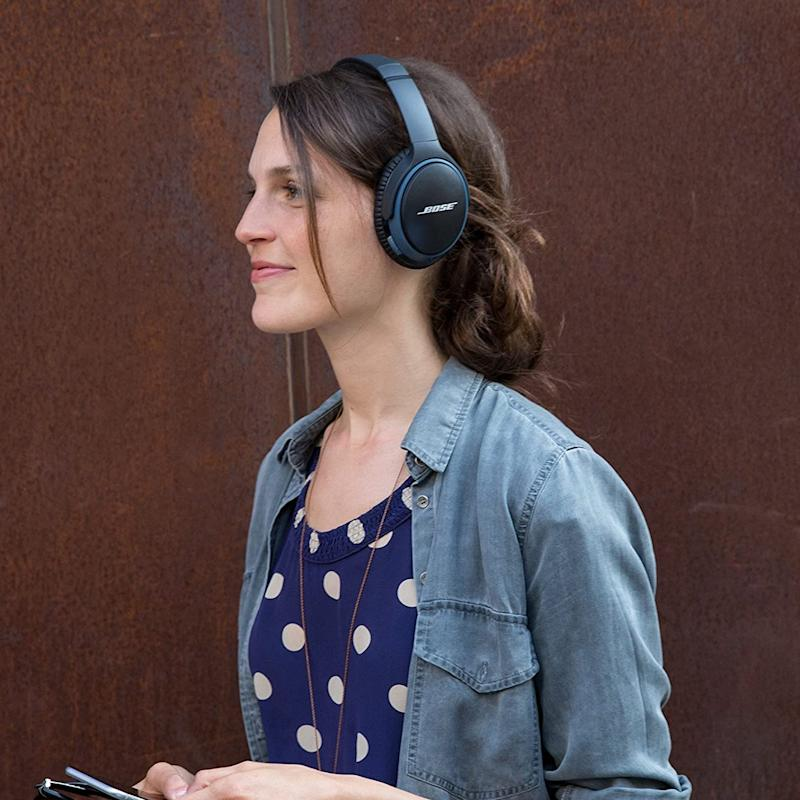 Get these Bose Soundlink II Wireless Headphones for just $159. (Photo: Bose)