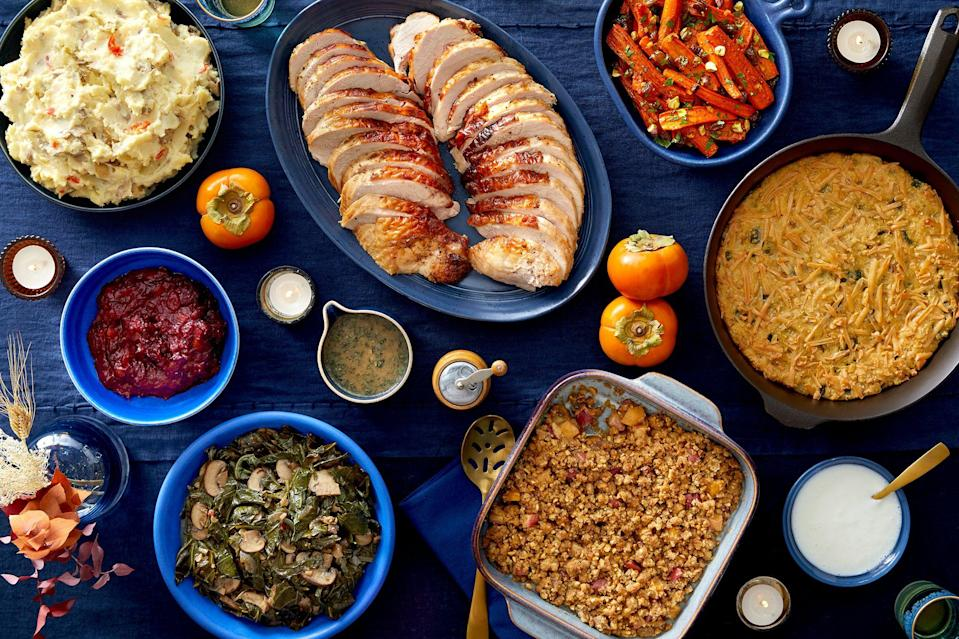"""<p>Thanksgiving will likely <a href=""""https://www.washingtonpost.com/transportation/2020/10/29/coronavirus-thanksgiving-travel/"""" rel=""""nofollow noopener"""" target=""""_blank"""" data-ylk=""""slk:look a bit different this year"""" class=""""link rapid-noclick-resp"""">look a bit different this year</a> for many families, but it doesn't mean that you can't still enjoy a proper feast. If you're staying local and hunkering down with a few close friends or family members, there are plenty of Thanksgiving dinner delivery options available to make the holiday much less stressful. All you'll need to sort out is <a href=""""https://www.bestproducts.com/eats/drinks/a34454883/wonderful-wine-co-orange-wine-review/"""" rel=""""nofollow noopener"""" target=""""_blank"""" data-ylk=""""slk:your wine selection"""" class=""""link rapid-noclick-resp"""">your wine selection</a>.</p><p>From pre-made frozen entrees to fresh, easy-to-assemble meal kits that eliminate multiple trips to the grocery store, these Thanksgiving dinner delivery picks are not just mega convenient — they're also delicious. So, eliminate the guesswork and check out these curated picks for the best Thanksgiving dinner delivery options out there.</p>"""
