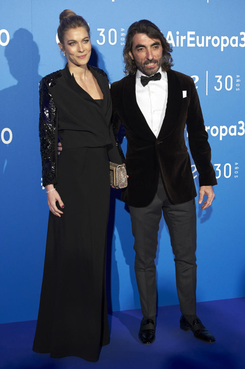 MADRID, SPAIN - DECEMBER 02: Javier Hidalgo and Sol Gonzalez attend 'Air Europa' 30th anniversary at the Palafox cinema on December 2, 2016 in Madrid, Spain. (Photo by Carlos Alvarez/Getty Images)