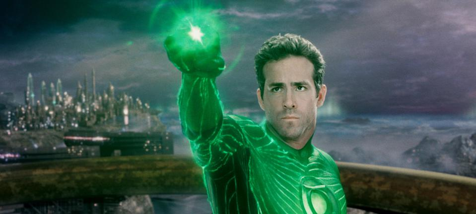 Ryan Reynolds in the 2011 superhero flop 'Green Lantern' (Photo: Warner Bros. Pictures/courtesy Everett Collection)