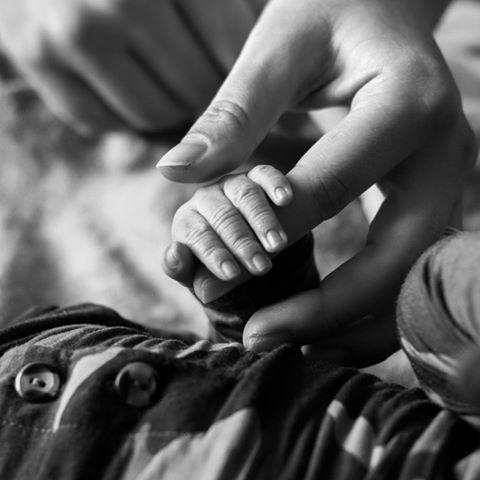 """<p>The model announced on Instagram that she and her husband Justin Ervin welcomed a baby boy on January 18 that weighted 7lbs 5oz. The proud new mum shared two black-and-white images of her baby holding her and Ervin's fingers to share the news. </p><p><a href=""""https://www.instagram.com/p/B8IOb7CgpEj/"""">See the original post on Instagram</a></p>"""