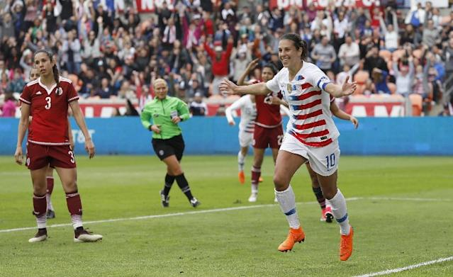 Carli Lloyd of United States celebrates after scoring against Mexico (AFP Photo/Tim Warner)