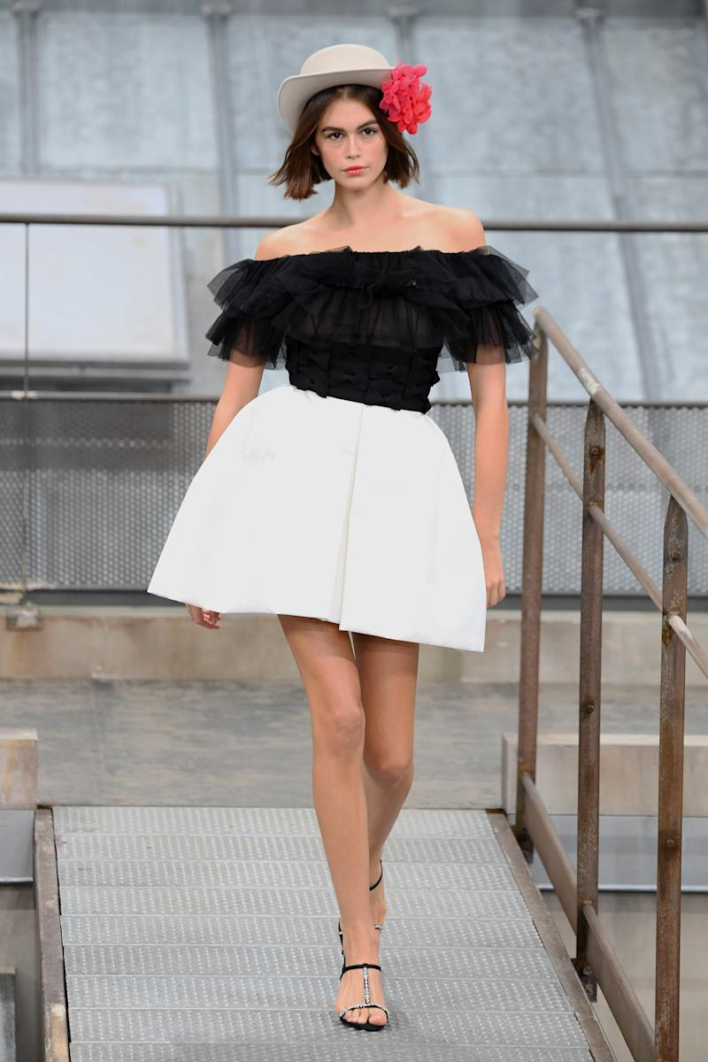 PARIS, FRANCE - OCTOBER 01: Kaia Gerber walks the runway during the Chanel Womenswear Spring/Summer 2020 show as part of Paris Fashion Week on October 01, 2019 in Paris, France. (Photo by Pascal Le Segretain/Getty Images)