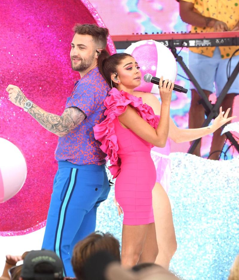 Jordan McGraw and Sarah Hyland at theTeen Choice Awards   Kevin Winter/Getty Images