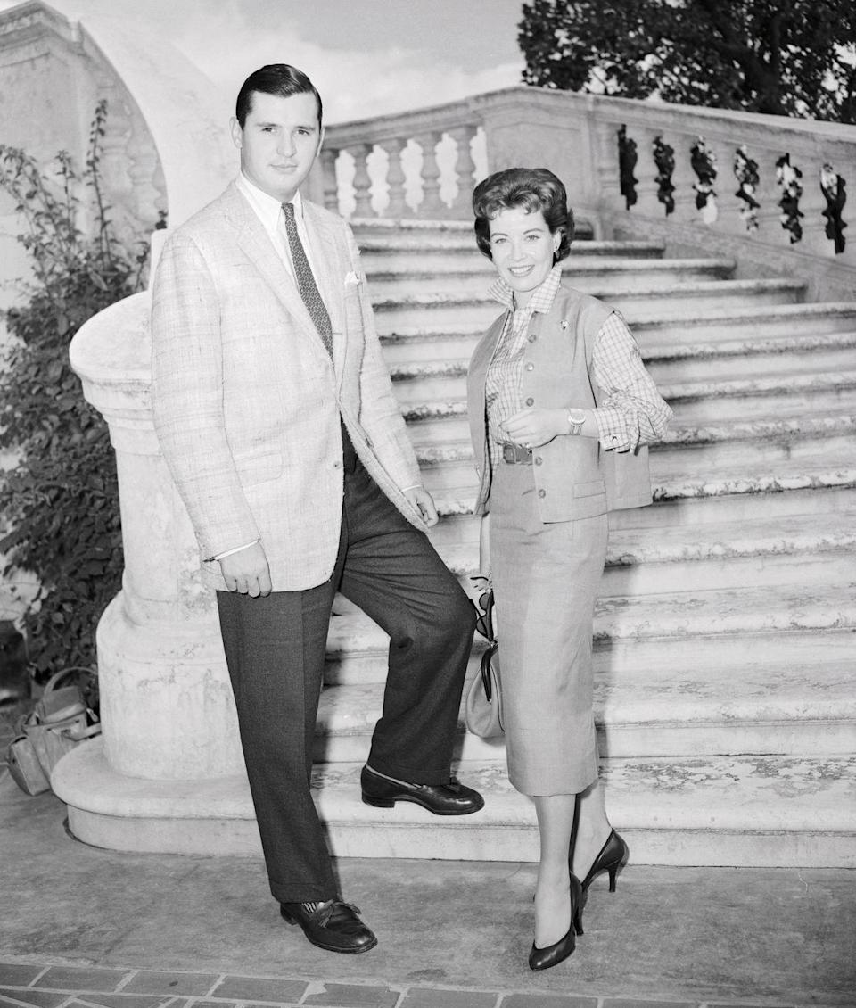 """<p>The Hollywood actress first married Richard Fincher in 1957, but they divorced in 1963, only to remarry in 1966. Two children later, <a href=""""https://www.bbc.co.uk/news/entertainment-arts-36939646"""" rel=""""nofollow noopener"""" target=""""_blank"""" data-ylk=""""slk:they divorced once more in 1969"""" class=""""link rapid-noclick-resp"""">they divorced once more in 1969</a>. Richard was Gloria's third and fourth marriage, and she never married again.</p>"""