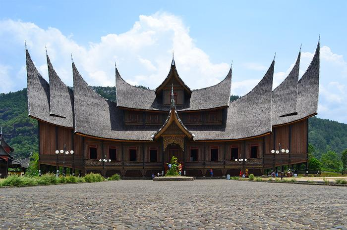 Five regions in Indonesia where you can find authentic architecture