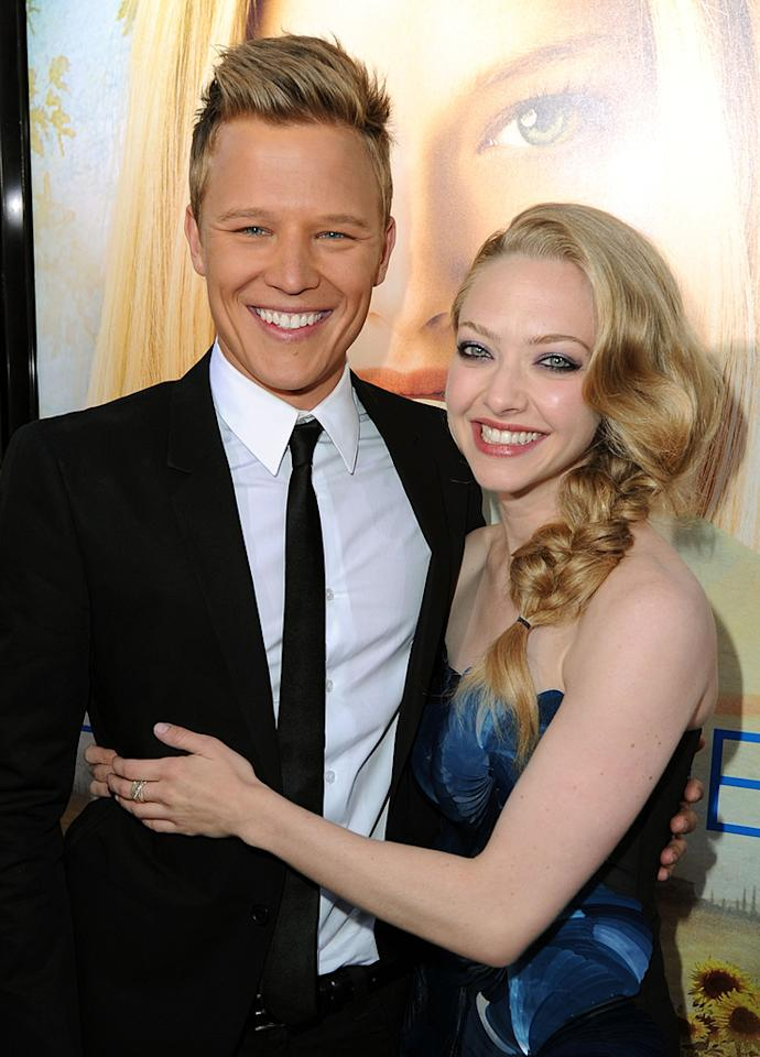 """<a href=""""http://movies.yahoo.com/movie/contributor/1809234822"""">Chris Egan</a> and <a href=""""http://movies.yahoo.com/movie/contributor/1808545150"""">Amanda Seyfried</a> at the Los Angeles premiere of <a href=""""http://movies.yahoo.com/movie/1810089734/info"""">Letters to Juliet</a> - 05/11/2010"""