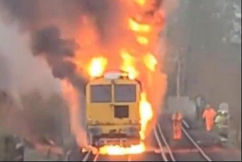<p>The fire was brought under control at 7.45am</p> (Network Rail Kent and Sussex/ Twitter)