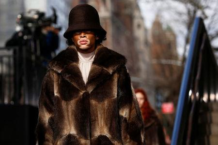 Models present creations from the Marc Jacobs Fall/Winter 2017 collection during New York Fashion Week in the Manhattan borough of New York, U.S., February 16, 2017. REUTERS/Shannon Stapleton