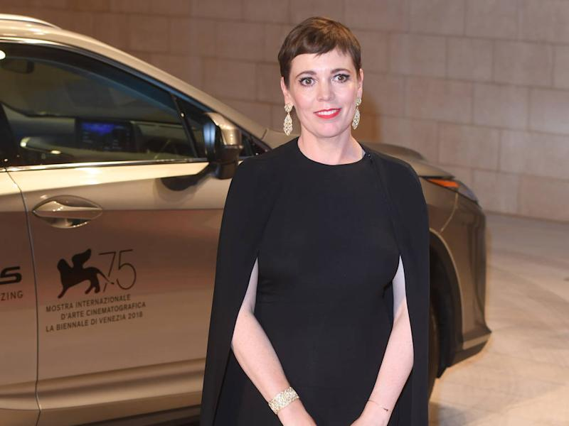 Olivia Colman conquered red carpet anxiety with Stella McCartney cape