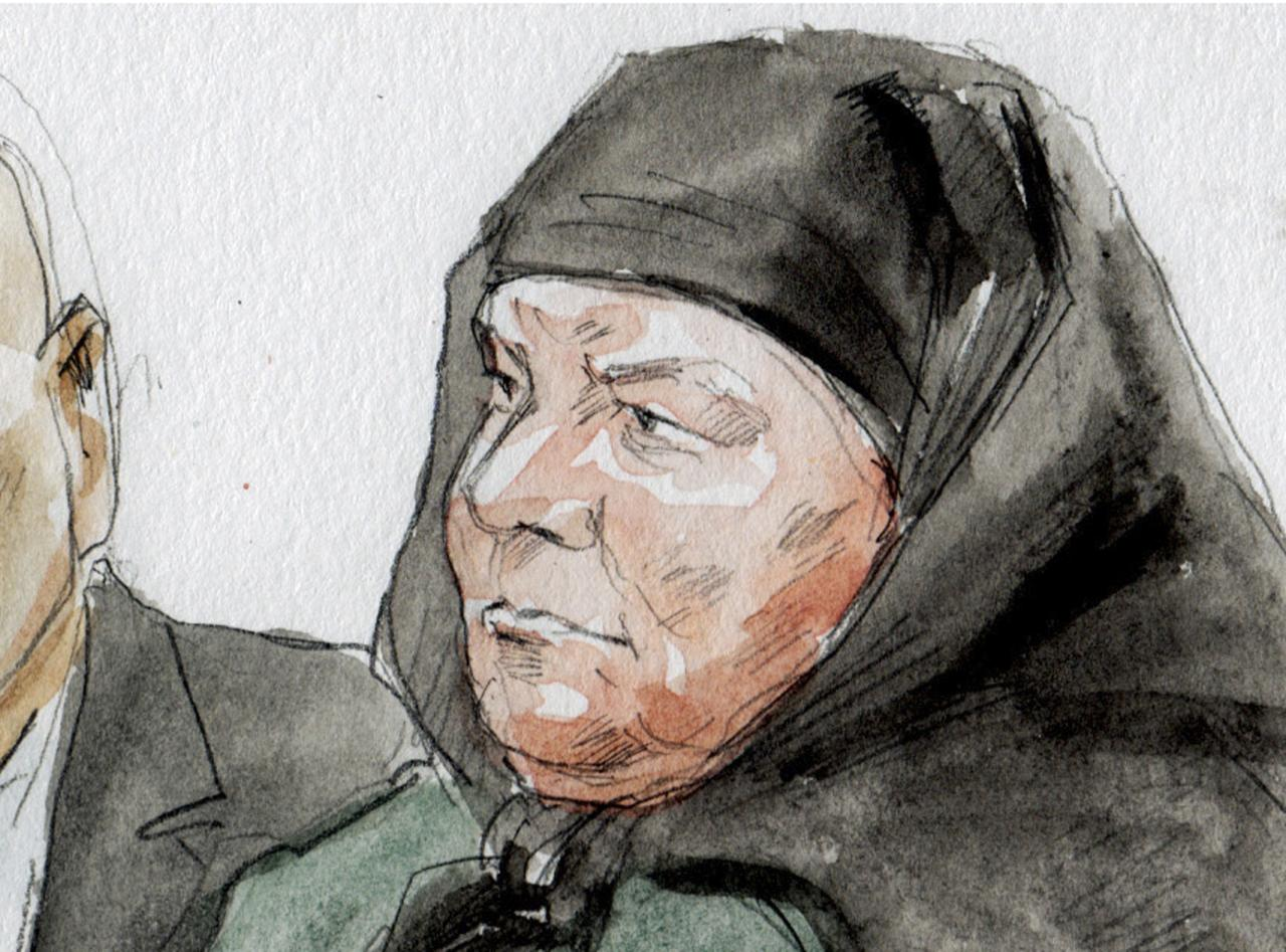 Colleen LaRose is shown in this courtroom sketch during her sentencing hearing in Philadelphia, Pennsylvania January 6, 2014. LaRose, who calls herself Jihad Jane, was sentenced to 10 years in prison Monday for a failed al Qaeda-linked plot to kill a Swedish artist who had depicted the head of the Muslim Prophet Mohammad on a dog. REUTERS/Art Lien (UNITED STATES - Tags: CRIME LAW) NO SALES. NO ARCHIVES. FOR EDITORIAL USE ONLY. NOT FOR SALE FOR MARKETING OR ADVERTISING CAMPAIGNS