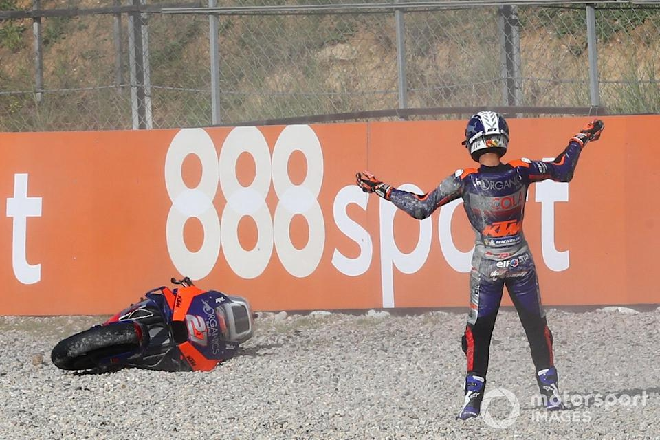 "Iker Lecuona, Red Bull KTM Tech 3 after crash<span class=""copyright"">Gold and Goose / Motorsport Images</span>"