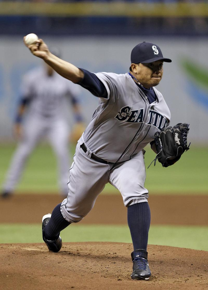 Cano's hit 2-run double, Mariners blank Rays again