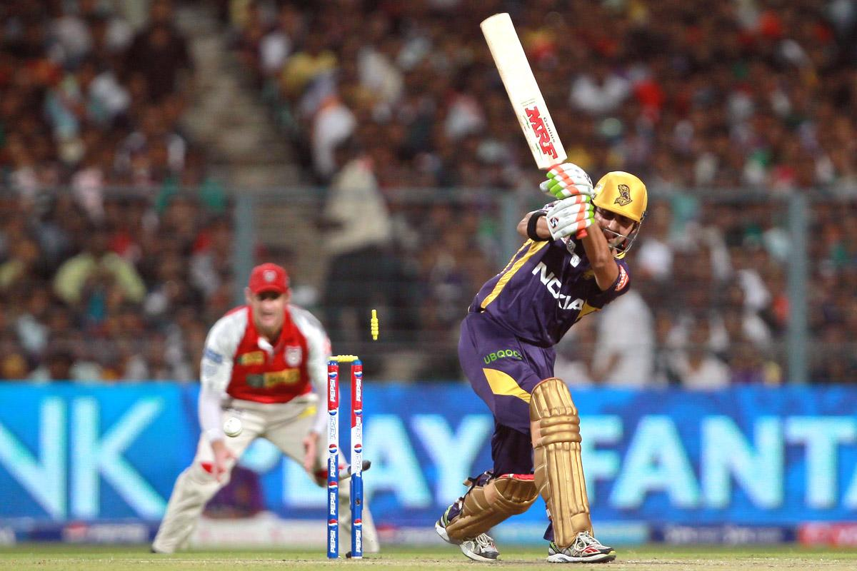 Gautam Gambhir is bowled by Azhar Mahmood during match 35 of the Pepsi Indian Premier League between The Kolkata Knight Riders and the Kings XI Punjab held at the Eden Gardens Stadium in Kolkata on the 26th April 2013. (BCCI)