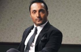 Rahul Bose baffled to receive a bill of Rs 442 for 2 bananas!