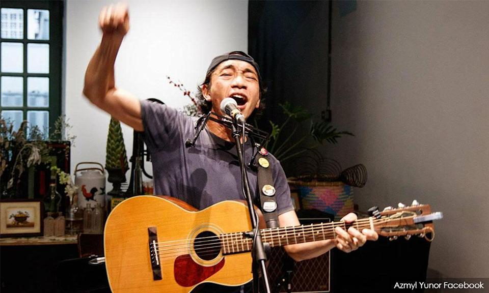Musician Azmyl Yunor held FB live concerts during the lockdown.