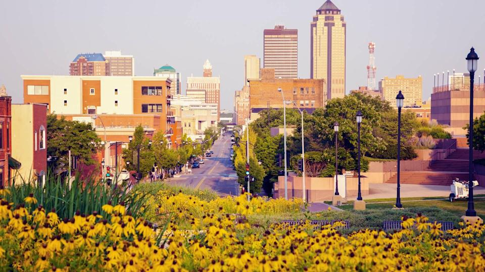 Morning in Des Moines, Iowa.
