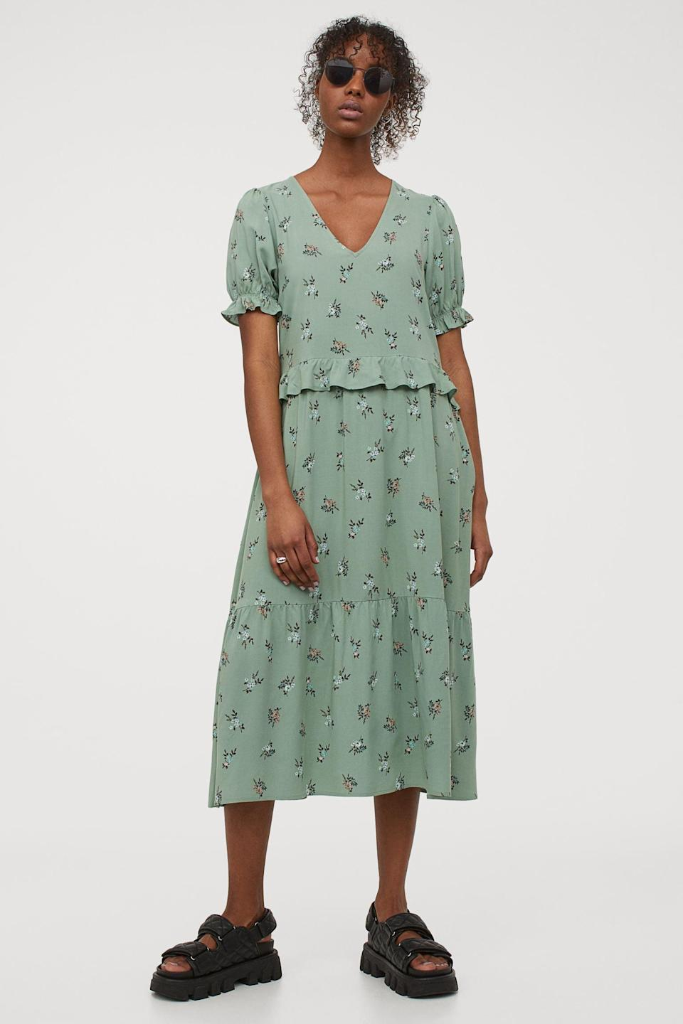 <p>Casual picnics? Park walks? This <span>H&amp;M Flounce-Detail Dress</span> ($30) is up for every occasion.</p>