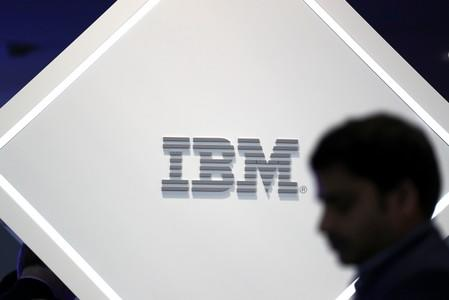 Cloud marks bright spot amid IBM's revenue woes