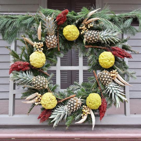 <p>Yes, those are pineapples. <i>(Photo: Christian Carollo/Say Hello to America)</i><br></p>