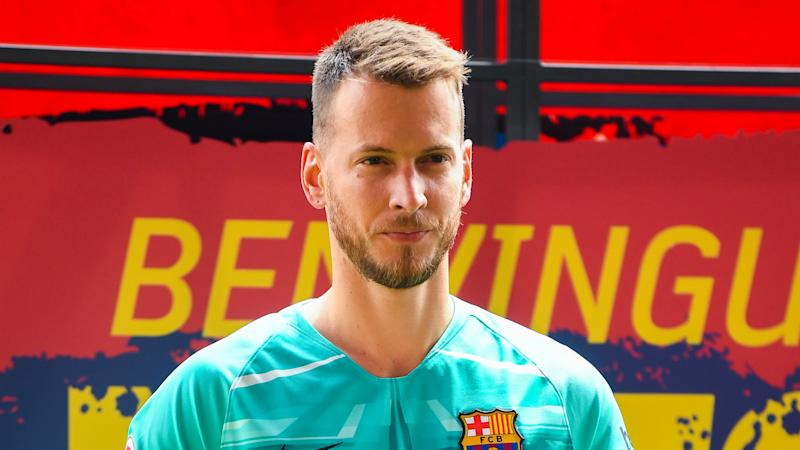 Barcelona goalkeeper Neto ruled out for up to two months