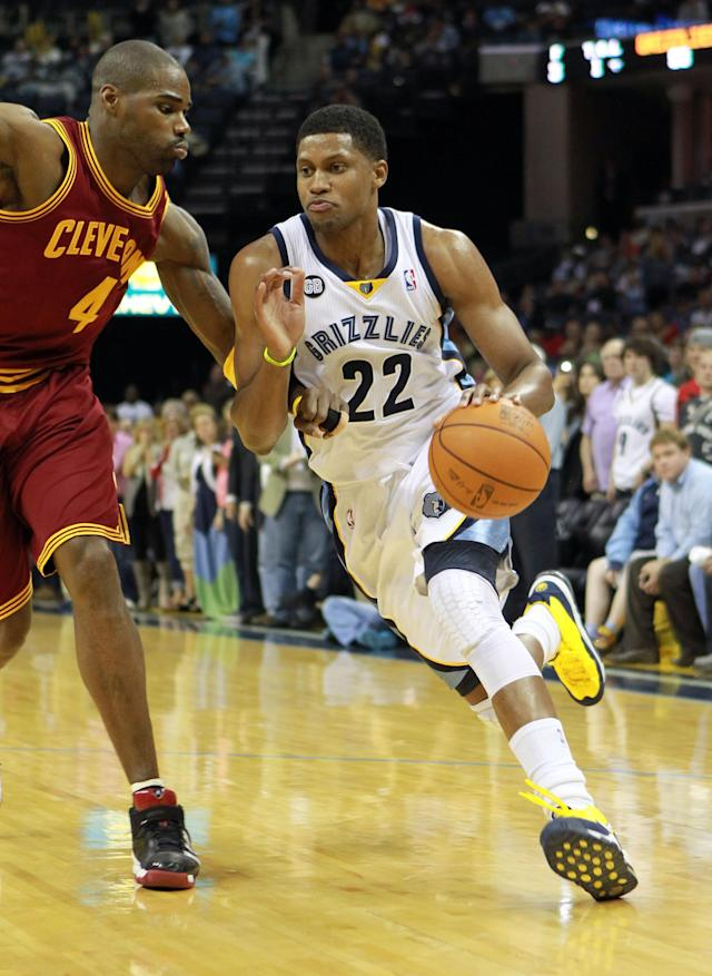 MEMPHIS, TN - APRIL 23: Rudy Gay #22 of the Memphis Grizzlies dribbles the ball during the NBA game against the Cleveland Cavaliers at FedExForum on April 23, 2012 in Memphis, Tennessee. NOTE TO USER: User expressly acknowledges and agrees that, by downloading and or using this photograph, User is consenting to the terms and conditions of the Getty Images License Agreement. (Photo by Andy Lyons/Getty Images)