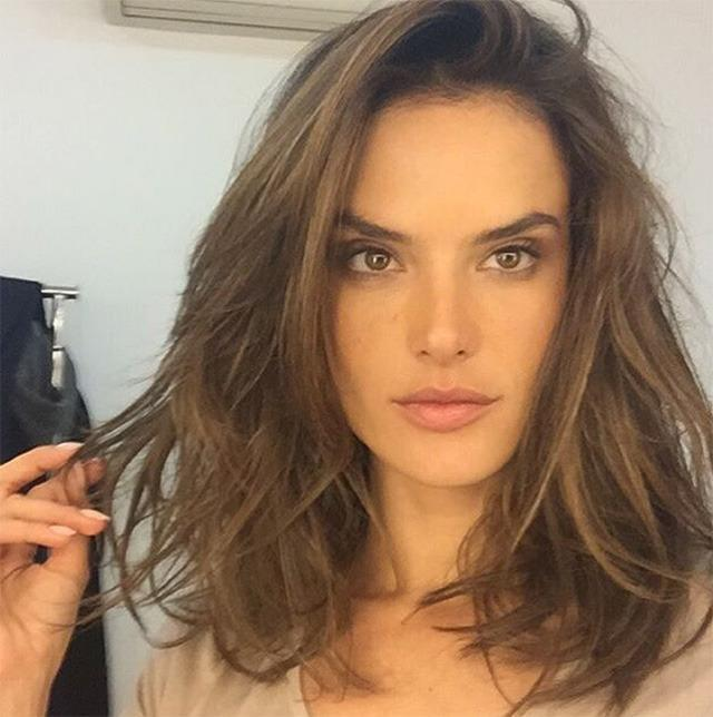 Today, the Angel debuted a whole new look on Instagram, making us wonder if it's a sign she's set to leave Victoria's Secret.