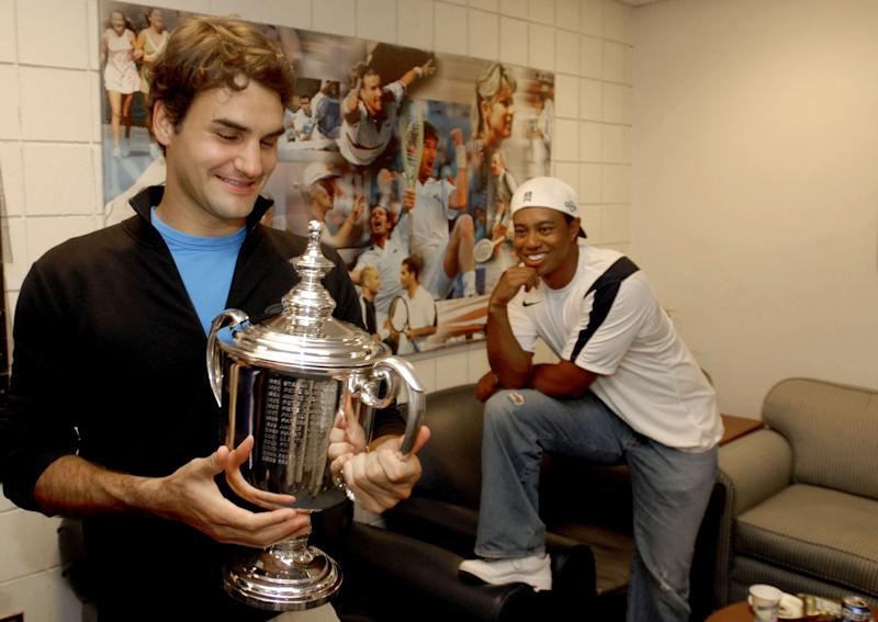Roger Federer and Tiger Woods in 2006. (Getty)