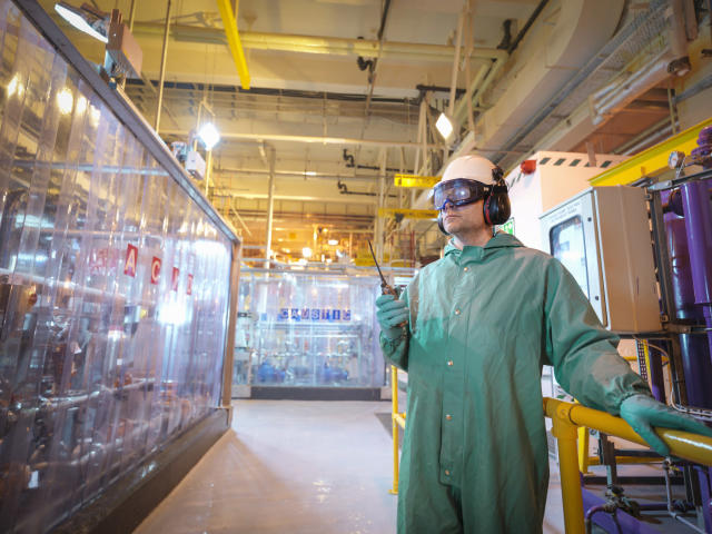 <p>No. 10 highest-paid job: Chemical engineer<br>Average full-time hourly wage: $54.20<br>(Monty Rakusen / Getty Images) </p>