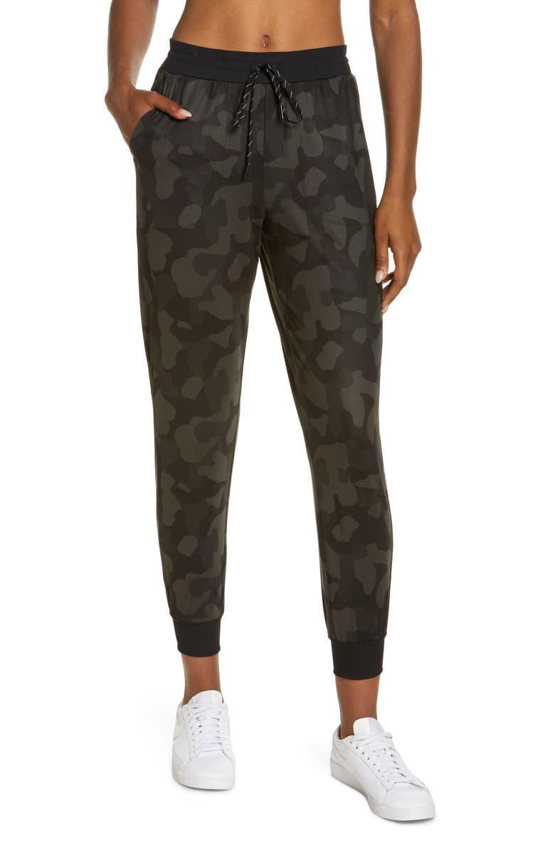 """<strong><h2>Zella Live In Pocket Joggers</h2></strong><br><strong>SELLING FAST</strong><br>Featuring a full five-star rating, these ultra-soft joggers are a customer favorite for this anniversary sale. From lounging on the couch to perfecting that athleisure fit, we recommend getting these Zella joggers quick before they sell out of your size completely. <br><br><em>Shop more <a href=""""https://go.skimresources.com?id=30283X879131&xs=1&url=https%3A%2F%2Fwww.nordstrom.com%2Fsr%3Forigin%3Dkeywordsearch%26keyword%3Djoggers%26postalCodeAvailability%3D10543%26filterBySale%3Danniversary-sale&sref=https%3A%2F%2Fwww.refinery29.com%2Fen-us%2Fnordstrom-anniversary-sale-best-sellers"""" rel=""""nofollow noopener"""" target=""""_blank"""" data-ylk=""""slk:Nordstrom Anniversary Sale joggers"""" class=""""link rapid-noclick-resp"""">Nordstrom Anniversary Sale joggers</a></em><br><br><strong>Zella</strong> Live In Pocket Joggers, $, available at <a href=""""https://go.skimresources.com/?id=30283X879131&url=https%3A%2F%2Fwww.nordstrom.com%2Fs%2Fzella-womens-live-in-pocket-joggers%2F5825646"""" rel=""""nofollow noopener"""" target=""""_blank"""" data-ylk=""""slk:Nordstrom"""" class=""""link rapid-noclick-resp"""">Nordstrom</a>"""
