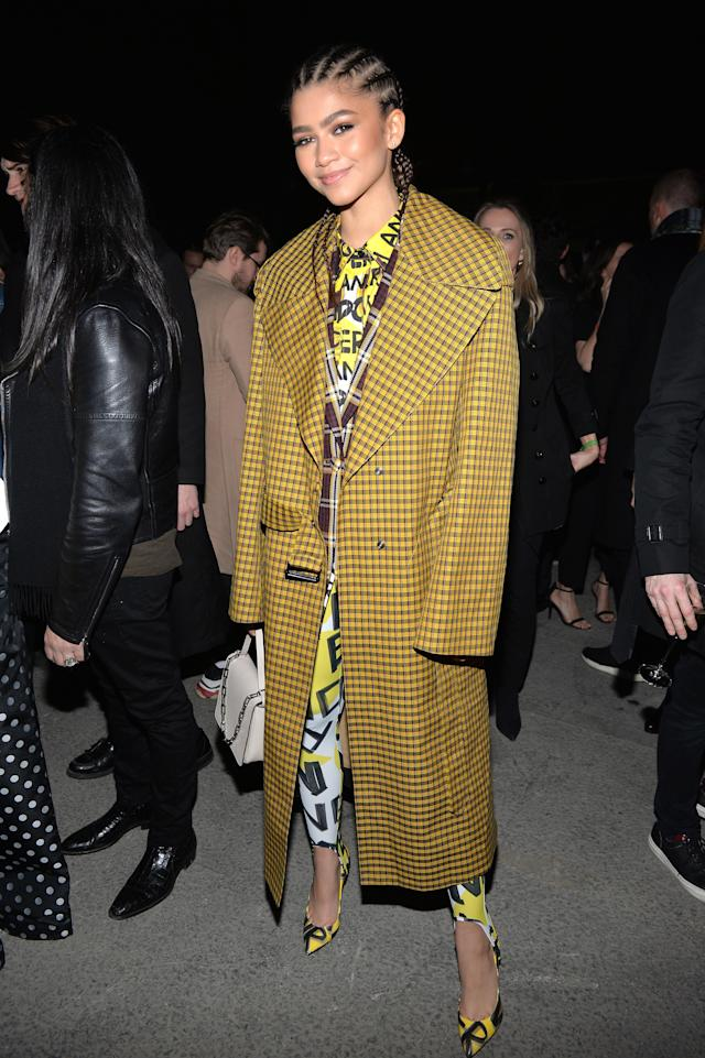 Zendaya wearing Burberry at the Burberry February 2018 show during London Fashion Week. (Photo: Getty Images)
