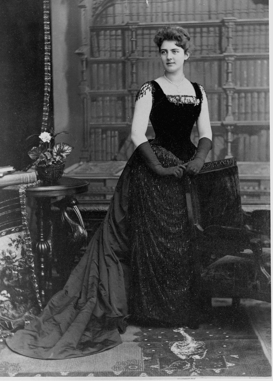 "<p>Younger than most first ladies (she took on the role at age 21), Frances Folsom Cleveland liked to wear dresses that showed off her bare neck, shoulders, and arms. According to <a href=""https://style.time.com/2013/02/18/our-fair-ladies-the-14-most-fashionable-first-ladies/slide/frances-cleveland/"" rel=""nofollow noopener"" target=""_blank"" data-ylk=""slk:Time"" class=""link rapid-noclick-resp""><em>Time</em></a>, the Women's Christian Temperance Union found it so concerning they issued a petition asking her to stop wearing these dresses, but that didn't stop her. </p>"