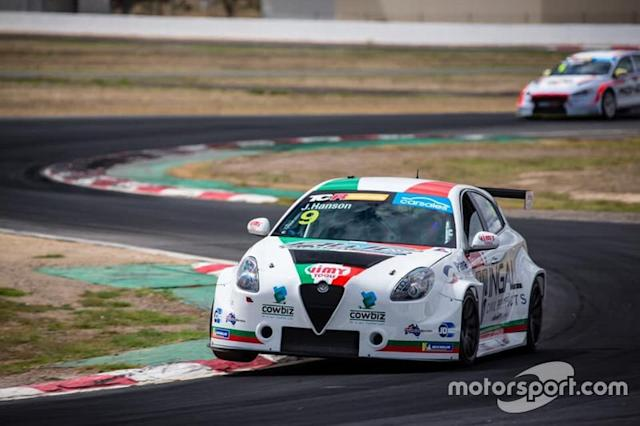 "Jay Hanson, Ashley Seward Motorsport, Alfa Romeo Giulietta Veloce TCR <span class=""copyright"">TCR Media</span>"