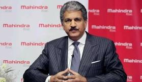 Anand Mahindra offers an internship to Dwarkesh, the millionaire's son who was found washing utensils in Shimla